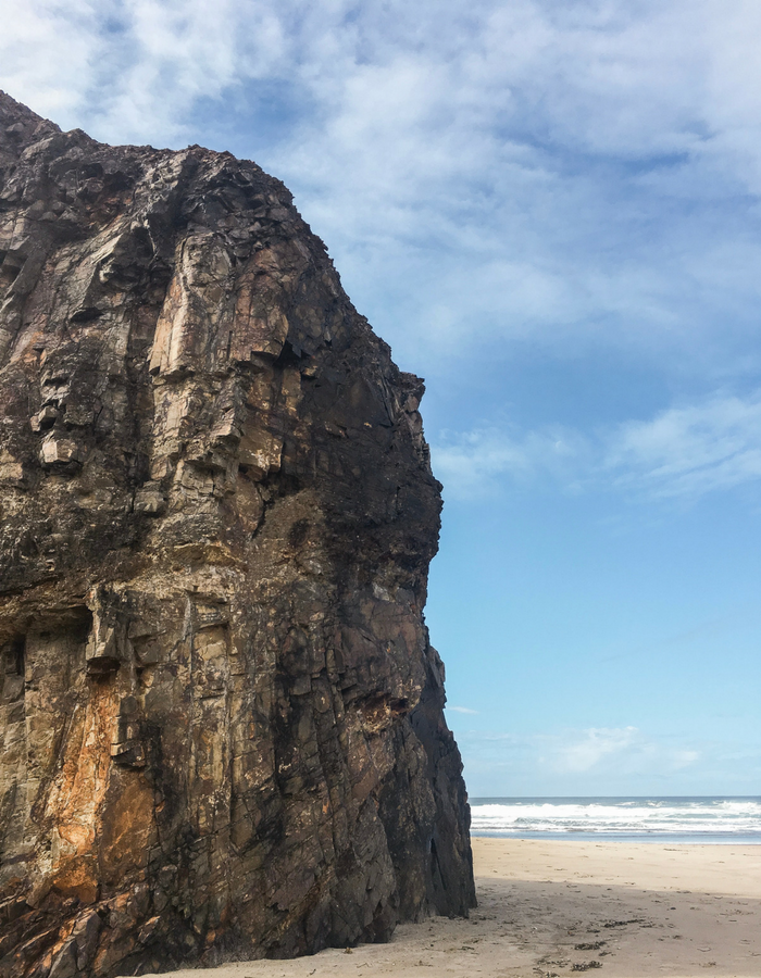 A large cliff on the coast of Oregon