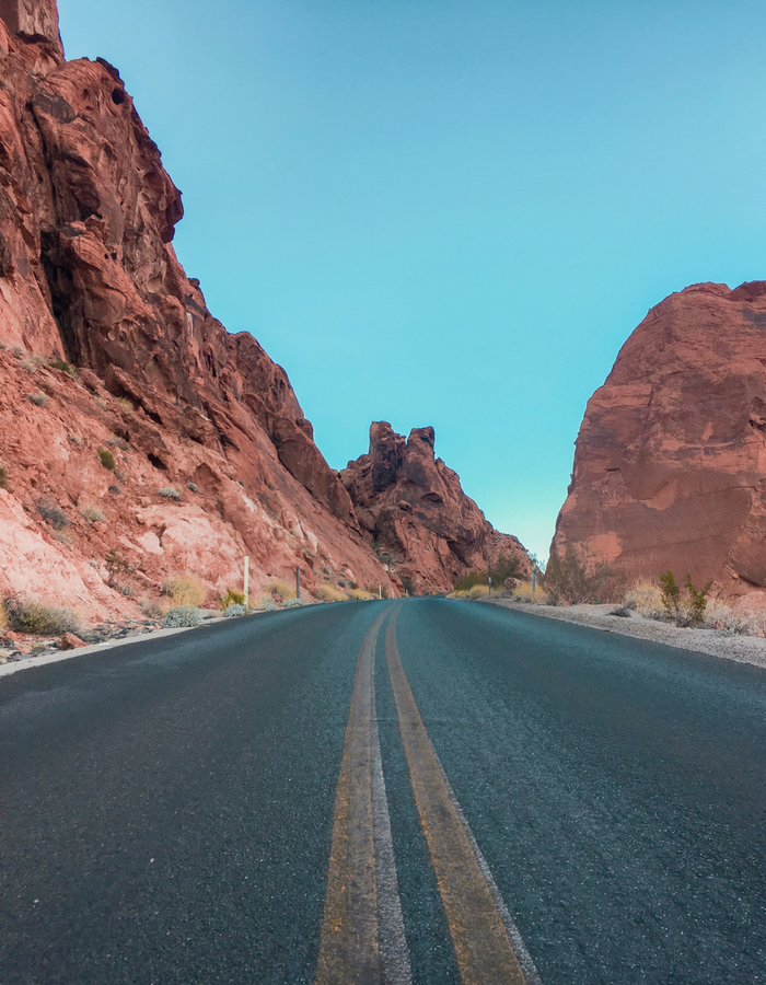 Mouse's Tank Road (aka White Domes Road) in Valley of Fire